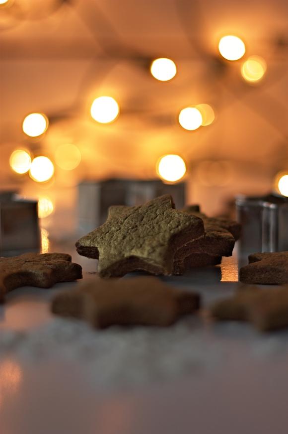 Kruche ciasteczka kakaowe z imbirem